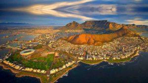 el-parlamento-de-sudafrica-respalda-la-expropiacion-de-tierras-sin-compensacion